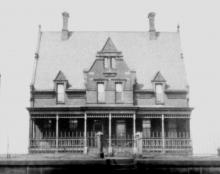 Cleveland Keeper's Dwelling 1910 Great Lakes HS.jpg