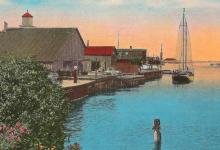 Cheboygan Range Light and Depot 1910.png
